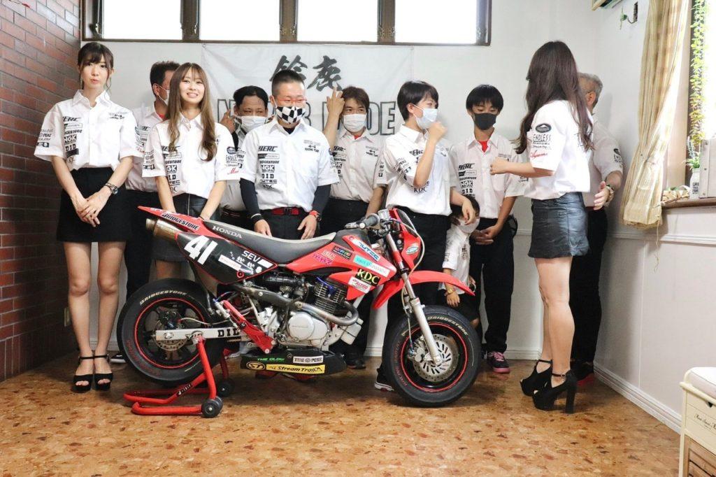 20200804あゆみちゃんスタジオチーム撮影 大西さん_200902_33